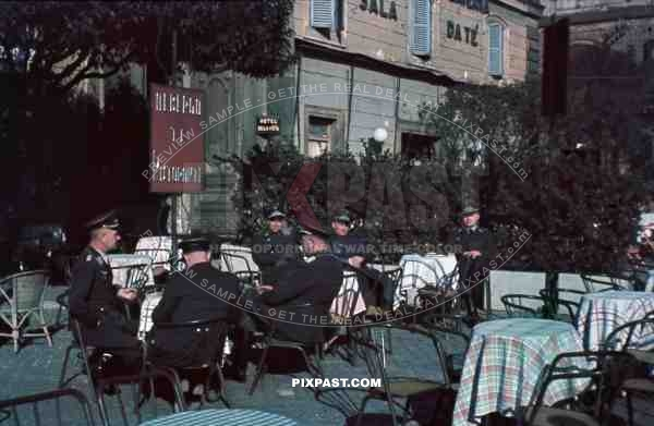 coffe shop luftlotte 2 north of rome italy 1942
