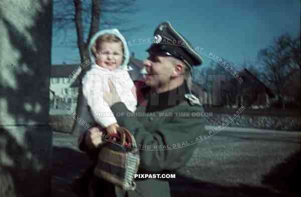 Family visiting german soldier in Lindau army camp. Luitpold Kaserne. 1943