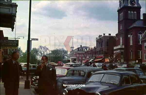 PostW color 1947 New York City cars traffic town german tourists