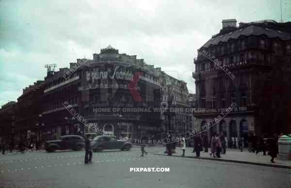 wehrmacht staff cars centre of paris france 1940 1 location town cities pixpast. Black Bedroom Furniture Sets. Home Design Ideas